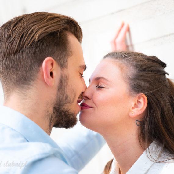 sesja narzeczeńska poznań stary rynek ślub